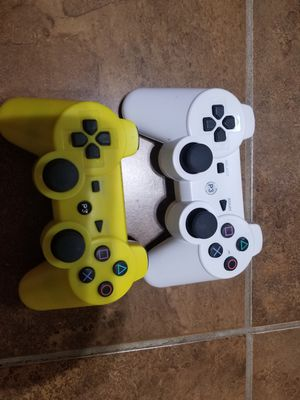 2 playstation controllers for Sale in Dearborn Heights, MI