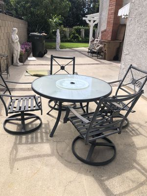 Table and four chairs for Sale in Anaheim, CA