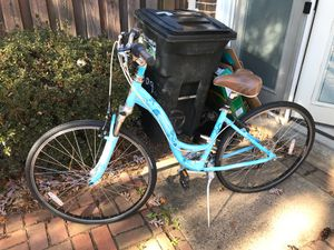 Ladies cruiser bike for Sale in Annandale, VA