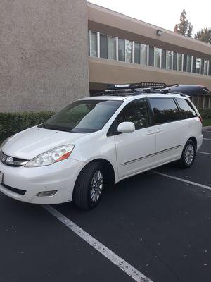 2010 Toyota sienna limited for Sale in Anaheim, CA