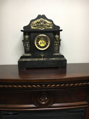 Marble antique clock is from France for Sale in Tukwila, WA