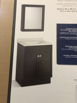 Bathroom Vanity combo with medicine cabinet and sink for Sale in Leavenworth,  WA