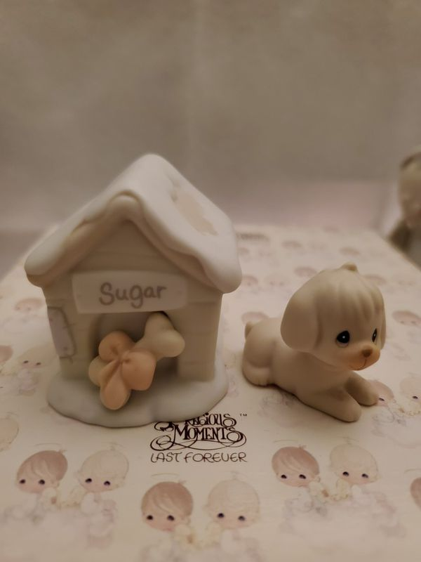Precious Moments : Sugar & Her Doghouse, w/ box