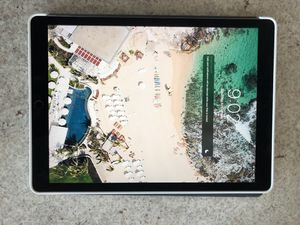 iPad Pro 12.9 2nd generation 64 GB for Sale in Dallas, TX