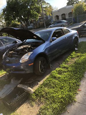 Infiniti for parts or repair for Sale in Miami, FL