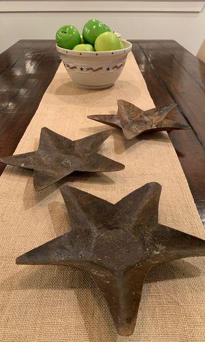 3 rusty metal stars ⭐️ for Sale in Wenatchee, WA