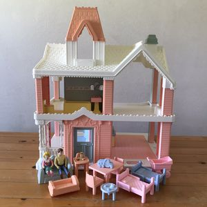 Playskool Lights and Lullaby Victorian Dollhouse 1991 with all Accessories shown for Sale in Huntington Beach, CA