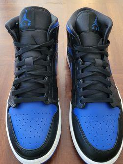 Jordan 1 Black Hyper Royal Size 7.5 for Sale in Bloomington,  CA