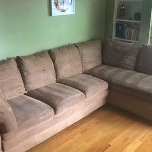 Beautiful Beige Sectional (FREE DELIVERY) for Sale in Happy Valley, OR