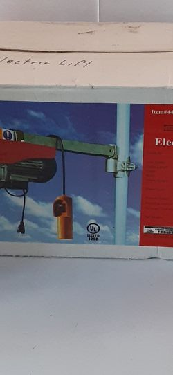 NIB 440 Lb. Electric Hoist With Remote Control for Sale in Canyon Lake,  CA