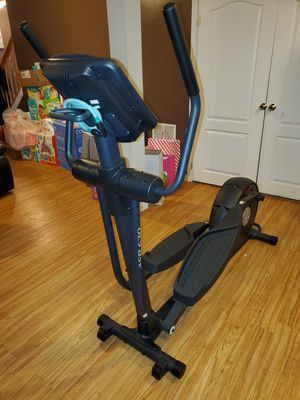 NordicTrack ASR 630 -Like New Elliptical Machine for Sale in Brandywine, MD