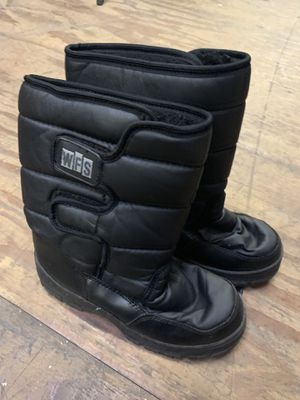 WFS snow boots for Sale in Fort Lauderdale, FL
