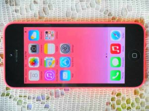$200 - Like New Apple Iphone 5c Pink 16GB Verizon/T-Mobile/Cricket/MetroPCS/AT&T Clear ESN for Sale in Glendale, AZ