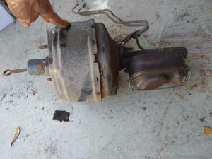 Ford Brake booster and master cylinder from 1986 1 ton pickup for Sale in Montebello, CA