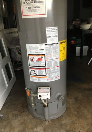 Gas water heater for Sale in Orlando, FL