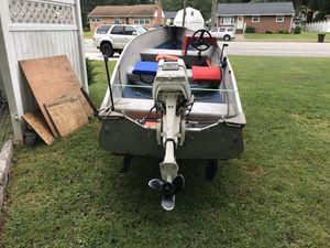 30hp Johnson 2 stroke outboard boat motor for Sale in Hampton, VA