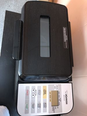 Zojirushi BB- PACc20 bread maker machine for Sale in Lawrence, MA