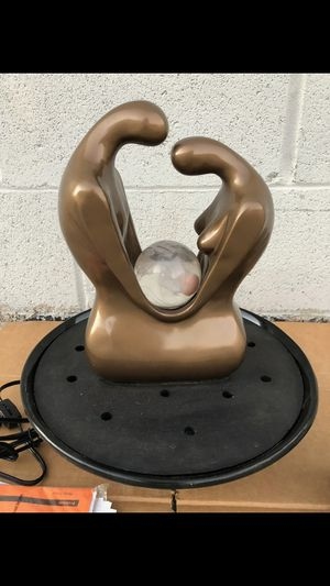 VINTAGE hunter abstract sculpture retro table fountain for Sale in Riverside, CA