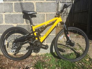 Shimano Aluminum Mountain Bikes Bicycles Disc Brakes FSX 1.0 for Sale in Richmond, VA