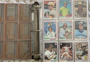1978 Topps Baseball Card set In Binder for Sale in Brea, CA
