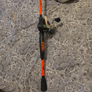 Lew's Baitcaster Reel And Lew's Mach Smash Rod for Sale in SeaTac, WA