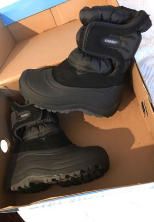 Kids snow boots size 13 for Sale in Buena Park, CA