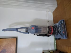 Hoover WindTunnel vacuum cleaner for Sale in Takoma Park, MD