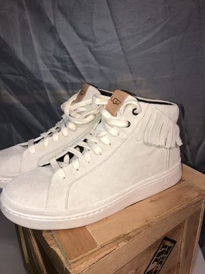 NEW Ugg Cali Sneaker Hi-Top Fringe Antilope Shoes High Top Suede Beige Sz 9.5Men for Sale in Anaheim, CA