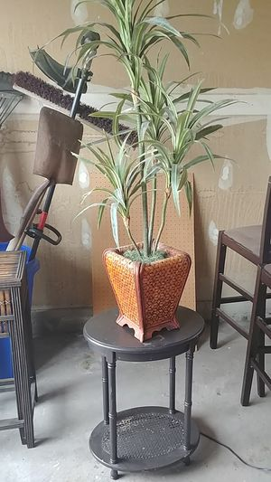 Fake plant and table stand for Sale in Bingham Canyon, UT
