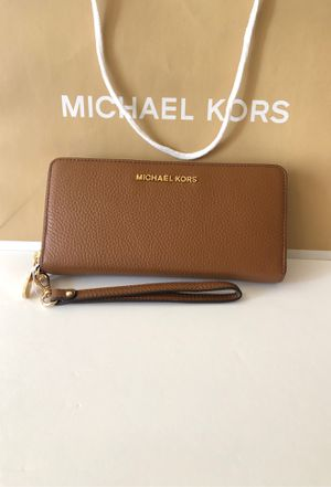 MICHAEL KORS. Wallet $130 Brand New for Sale in Los Angeles, CA