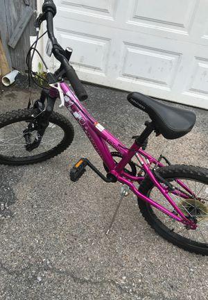 Tess Diamond back girl bike , Tires 20 for Sale in Reading, PA