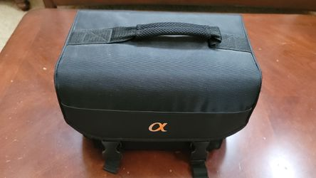 Sony Alpha DSLR Camera bag with Inserts/dividers for Sale in Tacoma,  WA