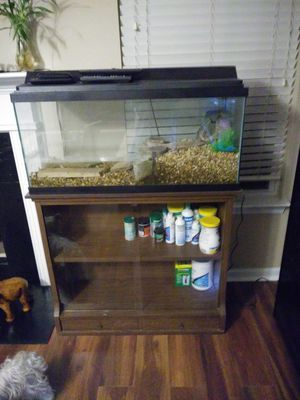 30 gallon fish tank with lighted lid and bookcase. for Sale in Villa Rica, GA