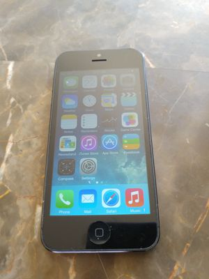 iPhone 5 MetroPCS T-Mobile unlocked great condition see lo puedo llevar delivery available for Sale in Los Angeles, CA