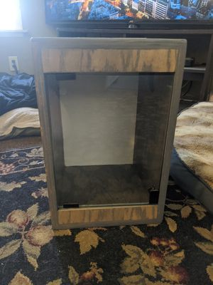 Gecko enclosure for Sale in Whittier, CA