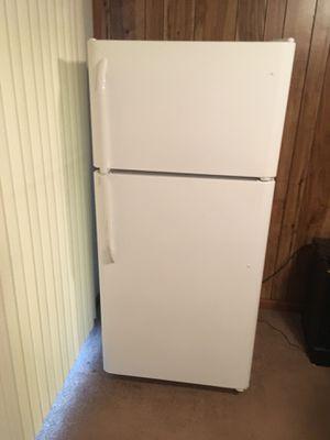 Frigidaire Refrigerator for Sale in Woodbridge, VA