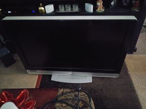 "Vizio 42"" tv older but works just fine for Sale in BETHEL, WA"