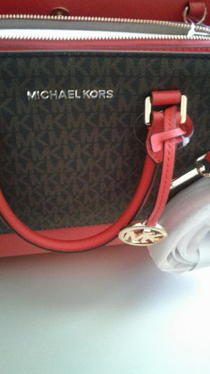 MICHAEL KORS $250 /ANDREW MARC $80 / GUESS $80 for Sale in North Las Vegas, NV