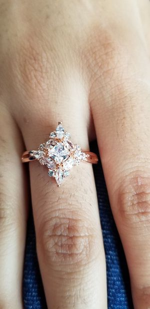 Rose gold zircon gem stone Ring size 7 for Sale in Chicago, IL
