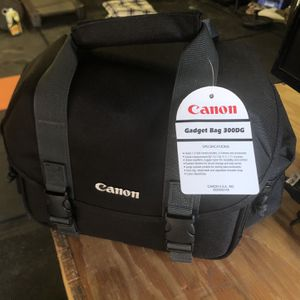 Canon Gadget Bag 300DG New! for Sale in Elk Grove, CA