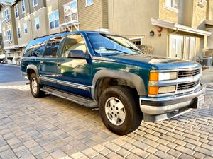 1997 Chevy Suburban, Clean title. 4X4- AWD - Runs amazing. for Sale in Newark, CA