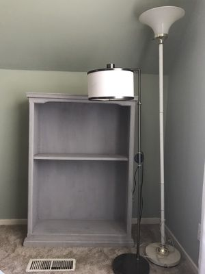 Bookcase and lamps for Sale in Kelso, WA