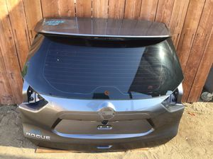 2014-2016 Nissan Rogué lift gate for Sale in Jurupa Valley, CA
