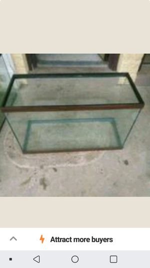 Fish tank or reptile tank for Sale in Evansville, IN