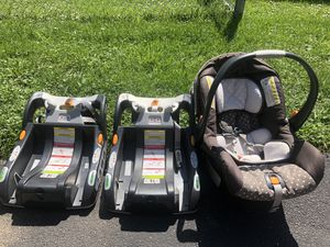 Chicco infant car seat for Sale in Palatine, IL