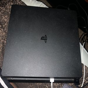 PS4 Slim 1Tb for Sale in West Sacramento, CA