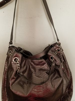 MICHAEL KORS METALLIC SILVER LEATHER for Sale in Hanford, CA