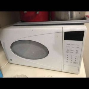 GE Microwave Oven for Sale in Mountain View, CA