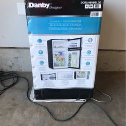 Bar Refrigerator for Sale in Damascus,  OR