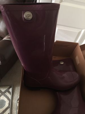 New Authentic Ugg rain boots for Sale in Montpelier, MD